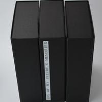 ブック式折り畳みマグネット装着貼り箱のサムネイル